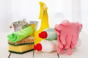 Eco friendly cleaning products for house cleaning